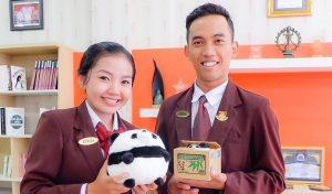 feeding-the-panda-4
