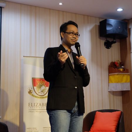 Digital Talk by Mr. Ferry Candra, CEO Probus Hotel System
