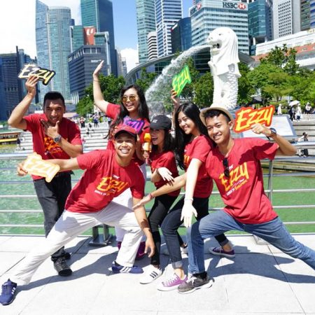 Ezzy smart traveling 2018 goes to Singapore