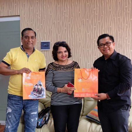 Kunjungan Dr. Swetha Sharma dari Knowledge Hub India di Elizabeth International