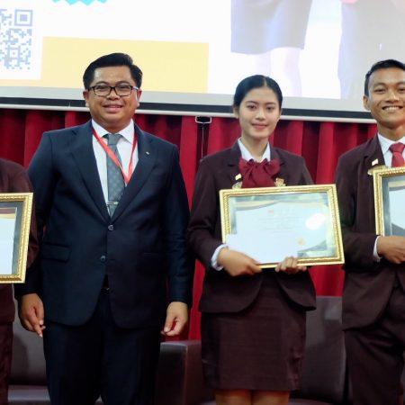 July Best Students of the Month Elizabeth International