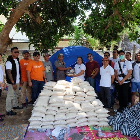 Tim Voice of Lombok salurkan hasil donasi charity concert kepada korban gempa bumi di Lombok