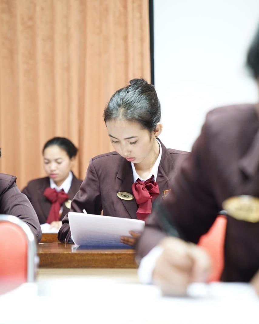Gimana caranya agar fasih berbahasa Inggris (4)