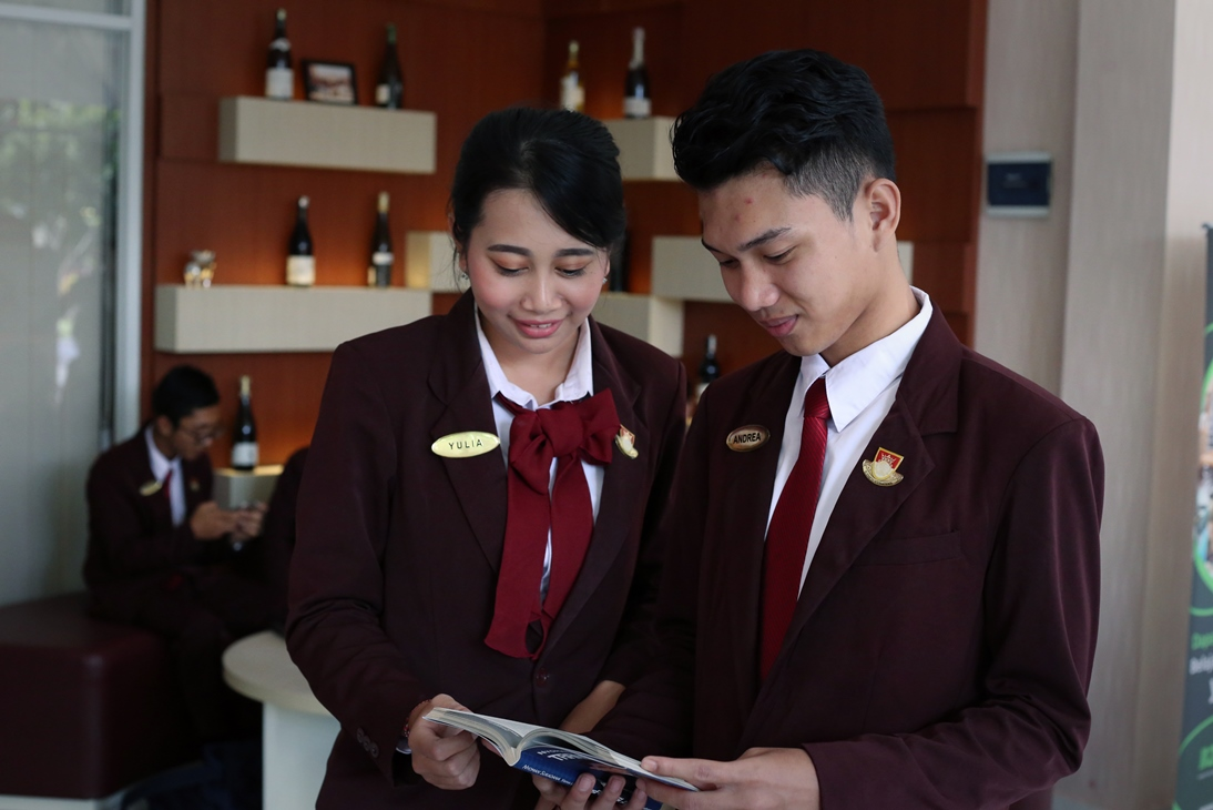 Interpersonal Skill for Hotelier ! (4)