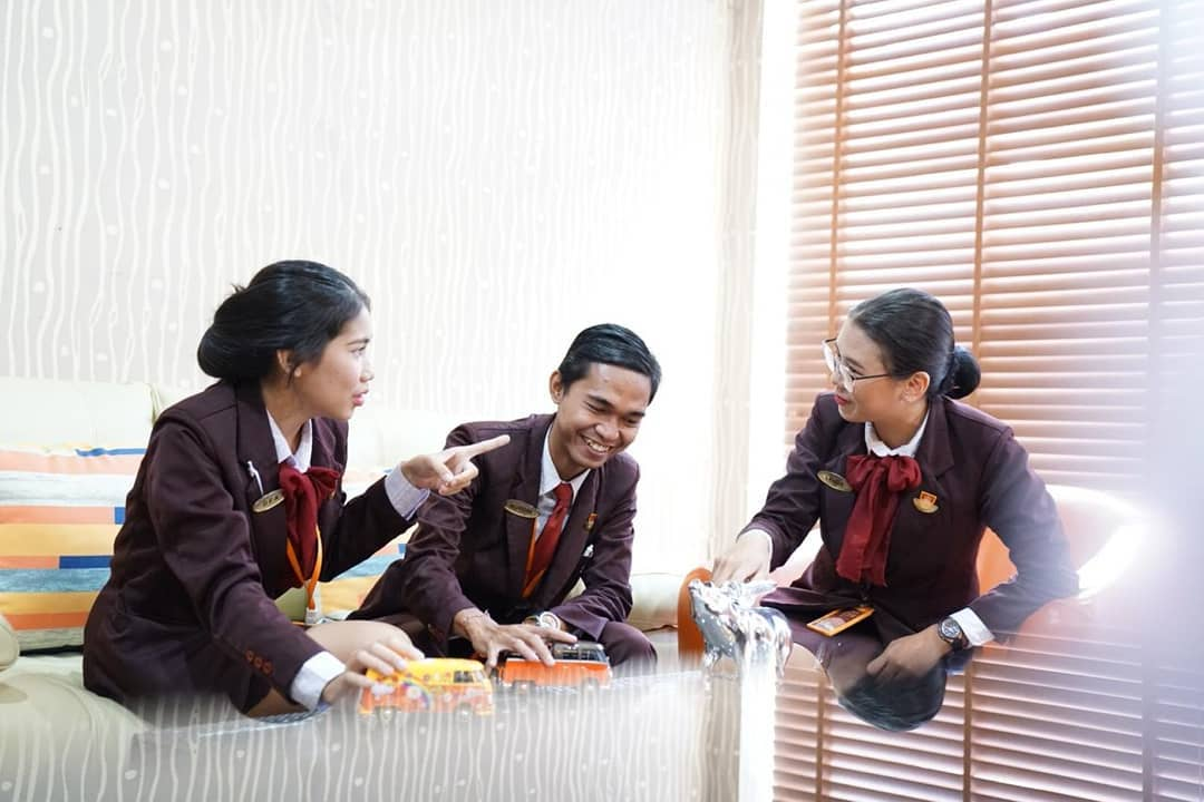 Interpersonal Skill for Hotelier ! (5)
