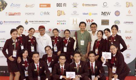 Mahasiswa Elizabeth International ikut serta sukseskan  Indonesia Tourism Outlook 2020
