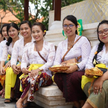 Elizabeth International Menggelar Kegiatan Tirta Yatra Menyambut Tahun Ajaran Baru 2020/2021