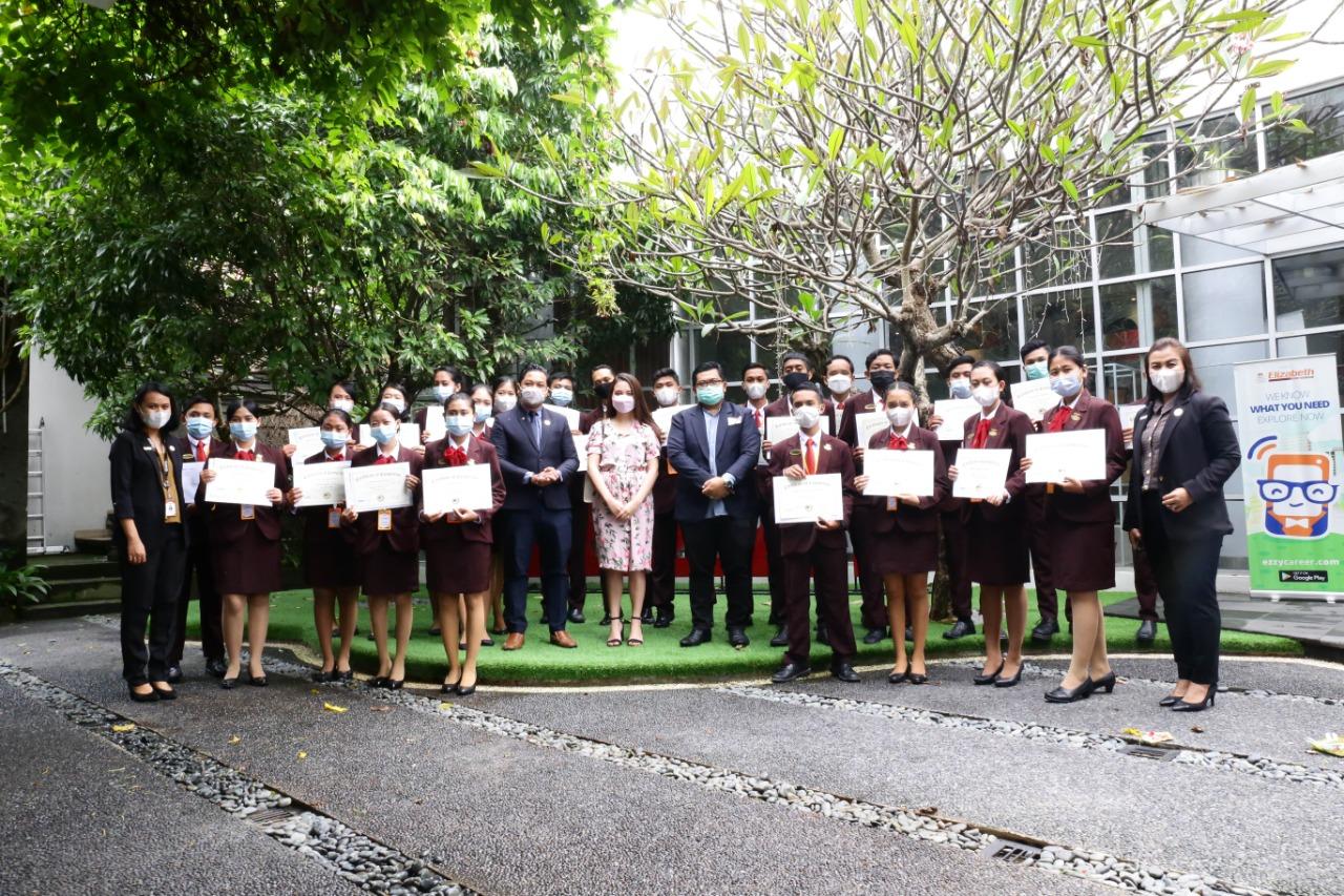 Graduation Teachcast with Oxford Batch 04  Elizabeth International
