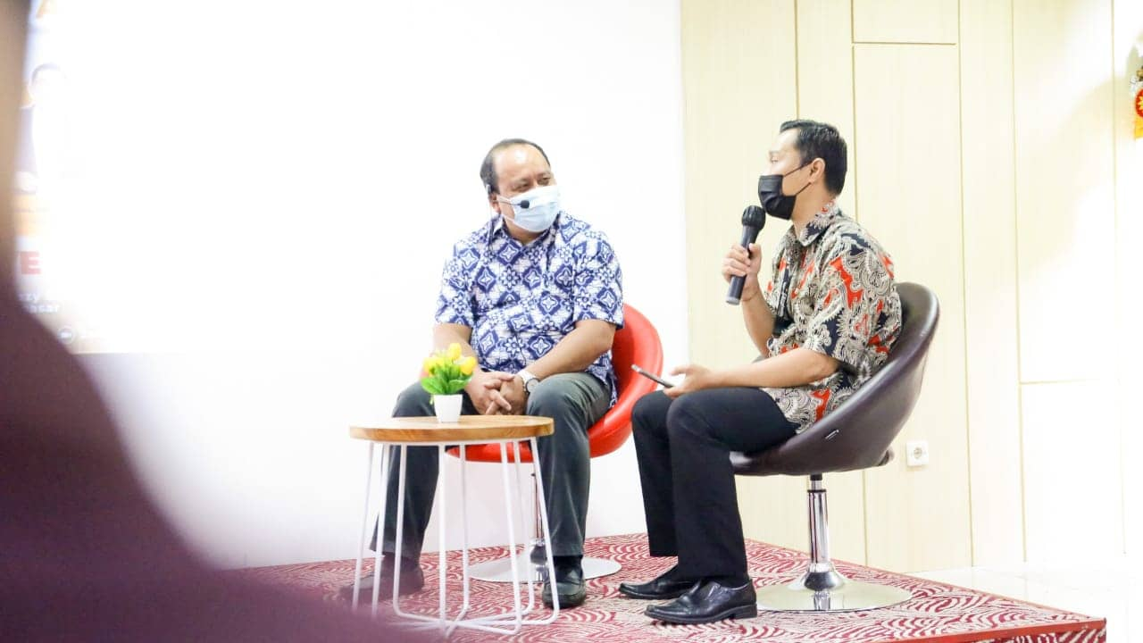 """Karir Keren dan Punya Prestige di Hotel """"Career in e-Commerce  Why it is Best For You"""""""